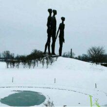 Tri coveka u zimskom periodu